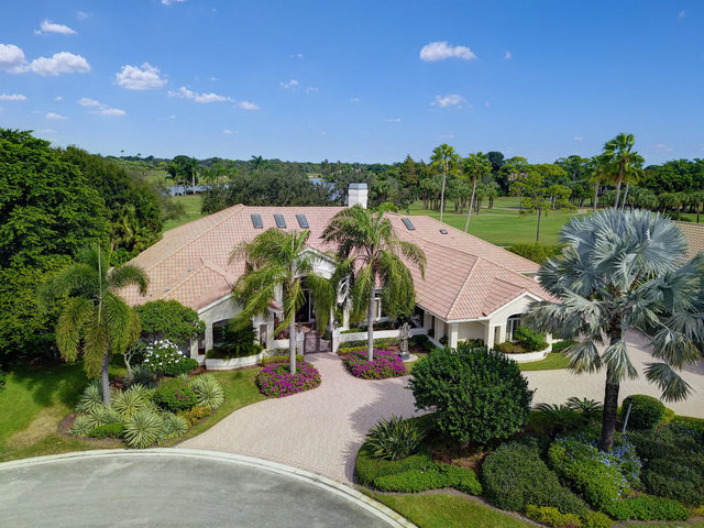 3221 Burgundy Drive North Palm Beach Gardens, FL 33410