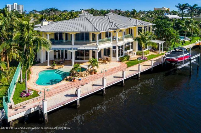 1001 Vista Del Mar Drive North Delray Beach, FL 33483