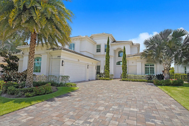13933 Willow Cay Drive North Palm Beach, FL 33408
