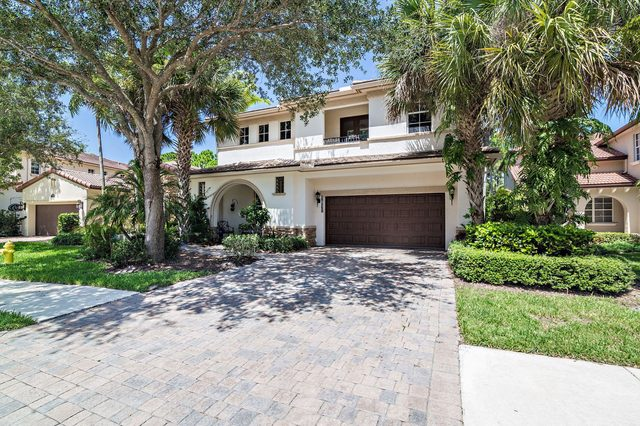 1917 Flower Drive Palm Beach Gardens, FL 33410