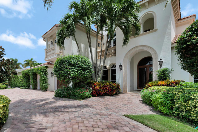 653 Hermitage Circle Palm Beach Gardens, FL 33410